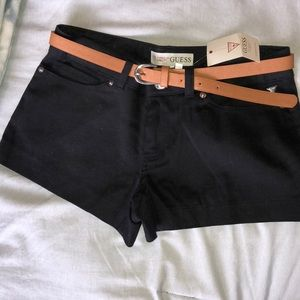 GUESS Hatti Twill Black shorts with belt